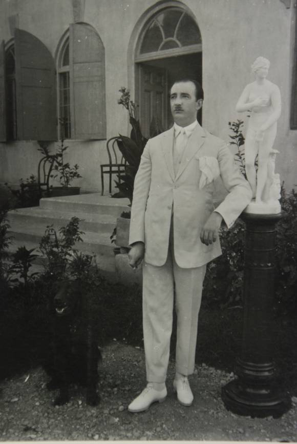 King Zog in summer dress